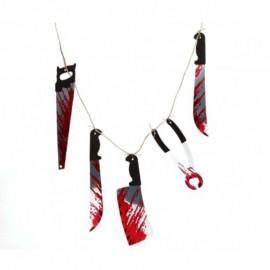 Guirnalda de cuchillos ensangrentados de decoración Halloween